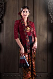 Kebaya Apsarini    II    Start From